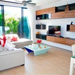 Отель Baan Bua Nai Harn 3 bedrooms Villa комната для гостей фото 3