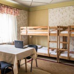 Хостел Актеон Линдрос Кровать в общем номере с двухъярусной кроватью