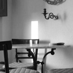Отель Ecoxenia Studios Греция, Остров Санторини - отзывы, цены и фото номеров - забронировать отель Ecoxenia Studios онлайн интерьер отеля