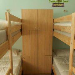 Hostel Tambovsky Volk Кровать в общем номере с двухъярусными кроватями фото 5