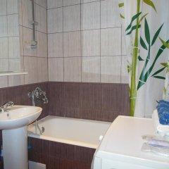Гостиница Komsomolskiy 36 в Перми отзывы, цены и фото номеров - забронировать гостиницу Komsomolskiy 36 онлайн Пермь ванная
