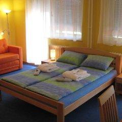 Spirit Hostel and Apartments комната для гостей фото 5