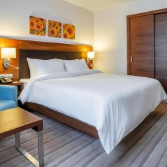 Гостиница Hilton Garden Inn Краснодар (Хилтон Гарден Инн Краснодар) 4* Стандартный номер разные типы кроватей фото 4