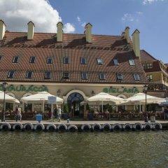 Отель Apartamenty Portowe Польша, Миколайки - отзывы, цены и фото номеров - забронировать отель Apartamenty Portowe онлайн приотельная территория фото 2