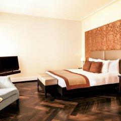 Отель The Dolder Grand 5* Номер Делюкс с двуспальной кроватью