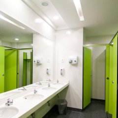 Отель St Christopher's Inn Барселона ванная фото 2