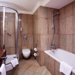 Гостиница Crowne Plaza Minsk 5* Улучшенный номер двуспальная кровать фото 6