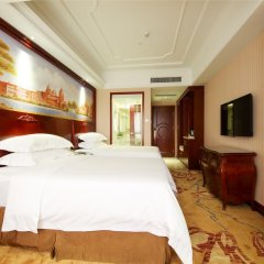 Vienna Hotel Guangzhou Shaheding Metro Station Branch комната для гостей фото 5