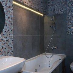Гостиница Partner Guest House Khreschatyk 3* Улучшенные апартаменты с различными типами кроватей фото 6