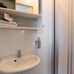 Отель Albert Cuyp Studio Нидерланды, Амстердам - отзывы, цены и фото номеров - забронировать отель Albert Cuyp Studio онлайн ванная