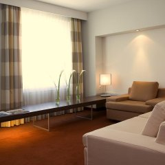 Estrel Hotel Berlin 4* Люкс с различными типами кроватей