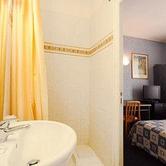 Hotel Auriane Porte de Versailles 3* Стандартный номер с разными типами кроватей фото 5
