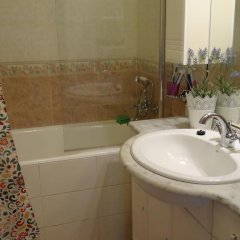 Goldfish Hostel Кровати в общем номере с двухъярусными кроватями фото 12