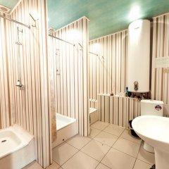NOMADS hostel & apartments Кровать в общем номере с двухъярусной кроватью фото 9