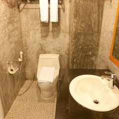 Отель Chaphone Guesthouse 2* Стандартный номер с разными типами кроватей фото 7