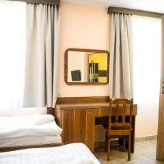 Отель Kompleks Hotelarski Zgoda Стандартный номер с различными типами кроватей фото 4
