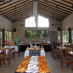 Отель Thilanka Resort and Spa питание фото 2