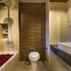 Отель Chanalai Garden Resort, Kata Beach 4* Улучшенный номер с двуспальной кроватью фото 11