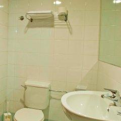 Отель Sliema Hotel by ST Hotels Мальта, Слима - 4 отзыва об отеле, цены и фото номеров - забронировать отель Sliema Hotel by ST Hotels онлайн ванная