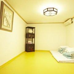 Отель Mumum Hanok Guesthouse 3* Стандартный номер с различными типами кроватей фото 6