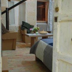 Отель B&B Design your Home Номер Делюкс фото 9