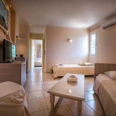 Hotel Varres 3* Стандартный семейный номер с двуспальной кроватью фото 7