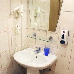 Гостиница Максима Славия 3* Улучшенный номер двуспальная кровать фото 3