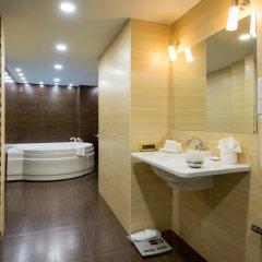 Radisson Blu Hotel, Yerevan 5* Люкс разные типы кроватей фото 3