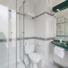 Отель Hôtel Clarisse 3* Стандартный номер с различными типами кроватей фото 2
