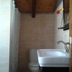 Отель El llagar de Mestas De Con Испания, Кангас-де-Онис - отзывы, цены и фото номеров - забронировать отель El llagar de Mestas De Con онлайн ванная