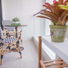 Отель De Amber Bangsarae балкон