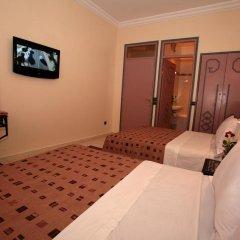 Отель Hôtel Ichbilia 2* Стандартный номер с различными типами кроватей фото 11