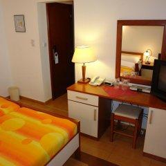 Garni Hotel Fineso 3* Стандартный номер с двуспальной кроватью фото 4