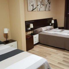 Отель Pension Restaurante AVENIDA 3* Стандартный номер с различными типами кроватей фото 8