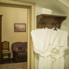 Гостиница Монастырcкий 3* Люкс разные типы кроватей фото 7