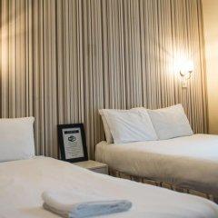 The Mitre Hotel 3* Стандартный семейный номер с двуспальной кроватью фото 8
