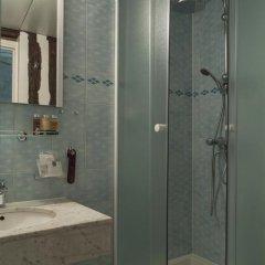 Отель Bersolys Saint-Germain Франция, Париж - отзывы, цены и фото номеров - забронировать отель Bersolys Saint-Germain онлайн ванная