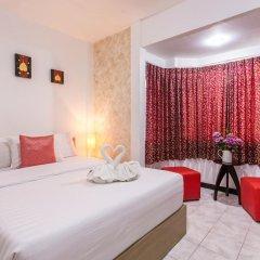 Отель Karon Sunshine Guesthouse & Bar 3* Улучшенный номер с различными типами кроватей фото 21