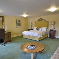 Best Western Premier Doncaster Mount Pleasant Hotel сейф в номере