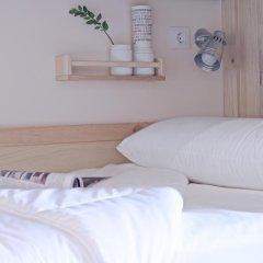 Отель The Hat Madrid Кровать в женском общем номере с двухъярусной кроватью фото 3