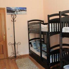 A&S Hostel Franko Кровать в женском общем номере с двухъярусной кроватью фото 3
