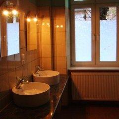 Отель Hostelik Wiktoriański Стандартный номер с 2 отдельными кроватями (общая ванная комната) фото 5