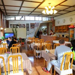 Отель Мини-Отель Alpinist Кыргызстан, Бишкек - отзывы, цены и фото номеров - забронировать отель Мини-Отель Alpinist онлайн питание фото 2