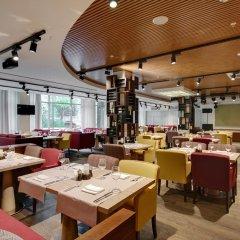 Гостиница Parklane Resort and Spa питание