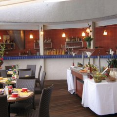 Park Inn by Radisson Nice Airport Hotel питание фото 3