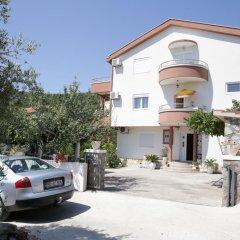 Апартаменты Apartments Rajovic парковка