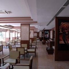 Отель Palmet Beach Resort гостиничный бар