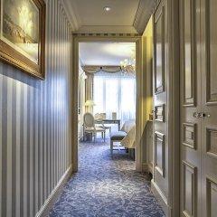 Отель Four Seasons George V Paris интерьер отеля фото 4