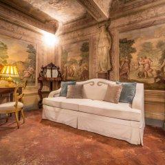 Отель Piazza Pitti Palace Улучшенные апартаменты с различными типами кроватей фото 21
