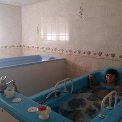 Гостиница Villa Kameliya Украина, Трускавец - отзывы, цены и фото номеров - забронировать гостиницу Villa Kameliya онлайн бассейн